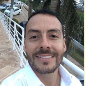 Camilo Gutiérrez – Exportador de café